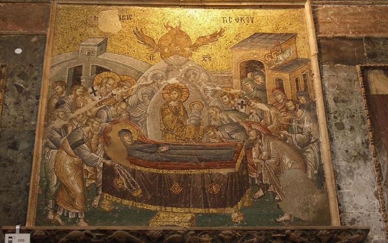 Δεκαπενταύγουστος – Ημέρα ύμνος στην Παναγία