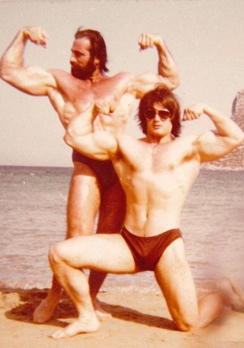 Ο Σπύρος Μπουρνάζος με τον Γιάννη Κωστογλάκη