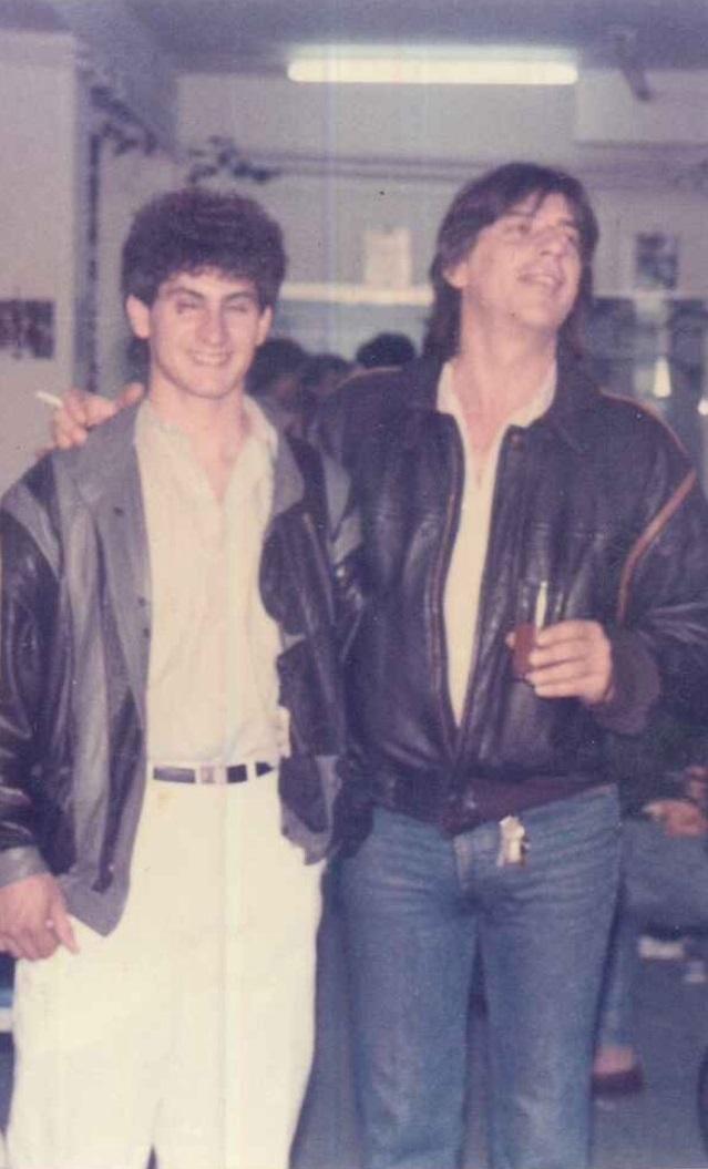 Ο Ηλίας Γεωργουλέας με τον αδελφό μου Κώστα Μπουρνάζο