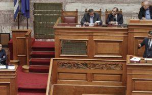 Μετωπική σύγκρουση Αλέκη – Κυριάκου στη Βουλή