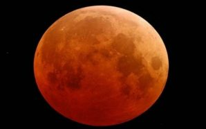 """""""Ματωμένο Φεγγάρι"""": Πλησιάζει η μεγαλύτερη έκλειψη Σελήνης του 21ου αιώνα"""