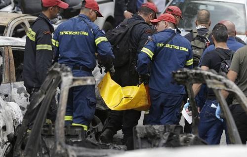 Εθνική τραγωδία: Στους 77 οι νεκροί από τη φωτιά σε Μάτι και Νέο Βουτζά